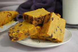 chocolate-chip-pumpkin-bars.jpg