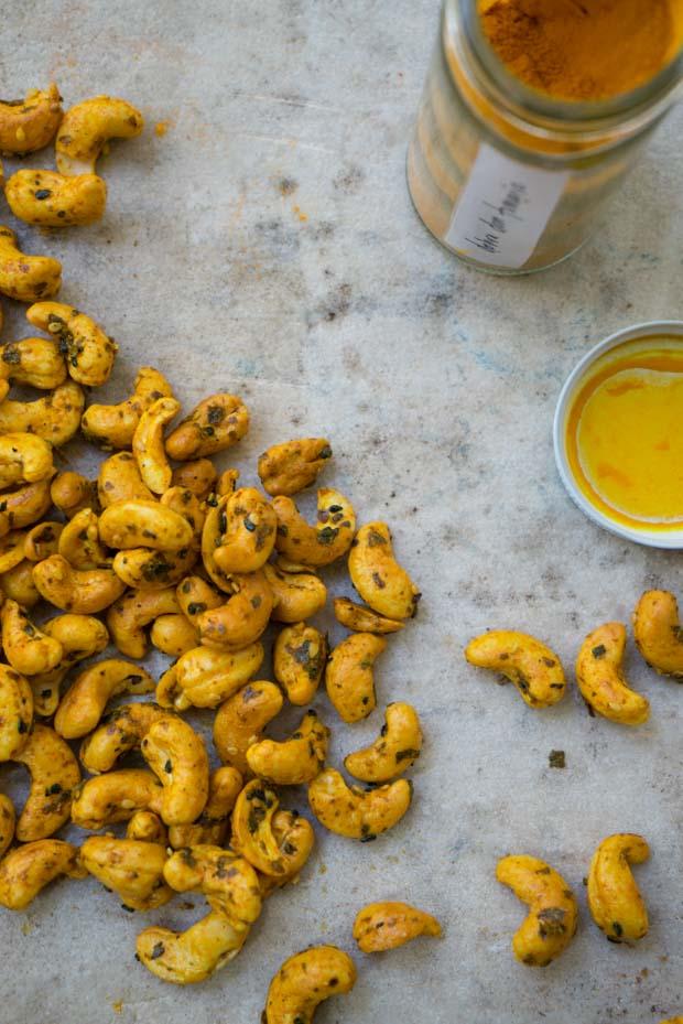 turmeric-cashews-2